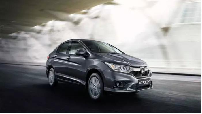 Honda City Becomes The Highest Selling Compact Sedan of 2017 Beating Maruti Ciaz and Hyundai Verna