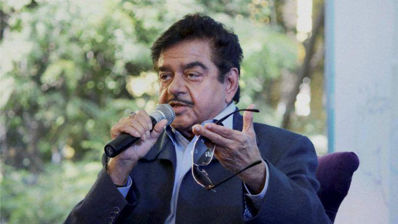 Shatrughan Sinha Targets Narendra Modi Over Vijay Mallya, Fuel Price Rise, Asks 'Yeh Sab Kya Ho Raha Hai?'