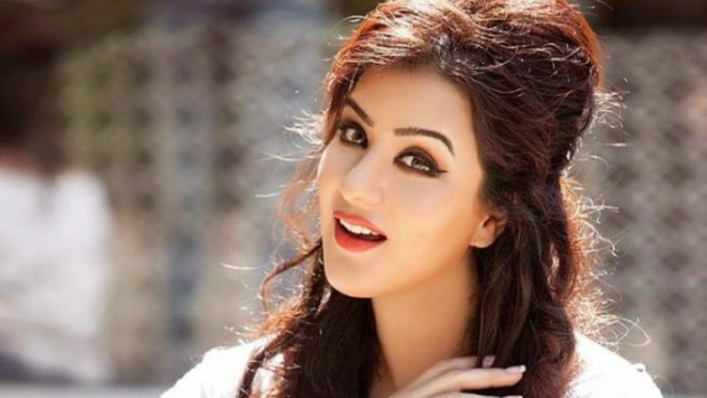 Hina Khan trolls Shilpa Shinde for sharing porn video, actress responds