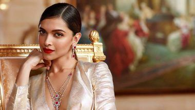 Deepika Padukone Receives a Beautiful Saree From Rekha For Her Role in Padmaavat