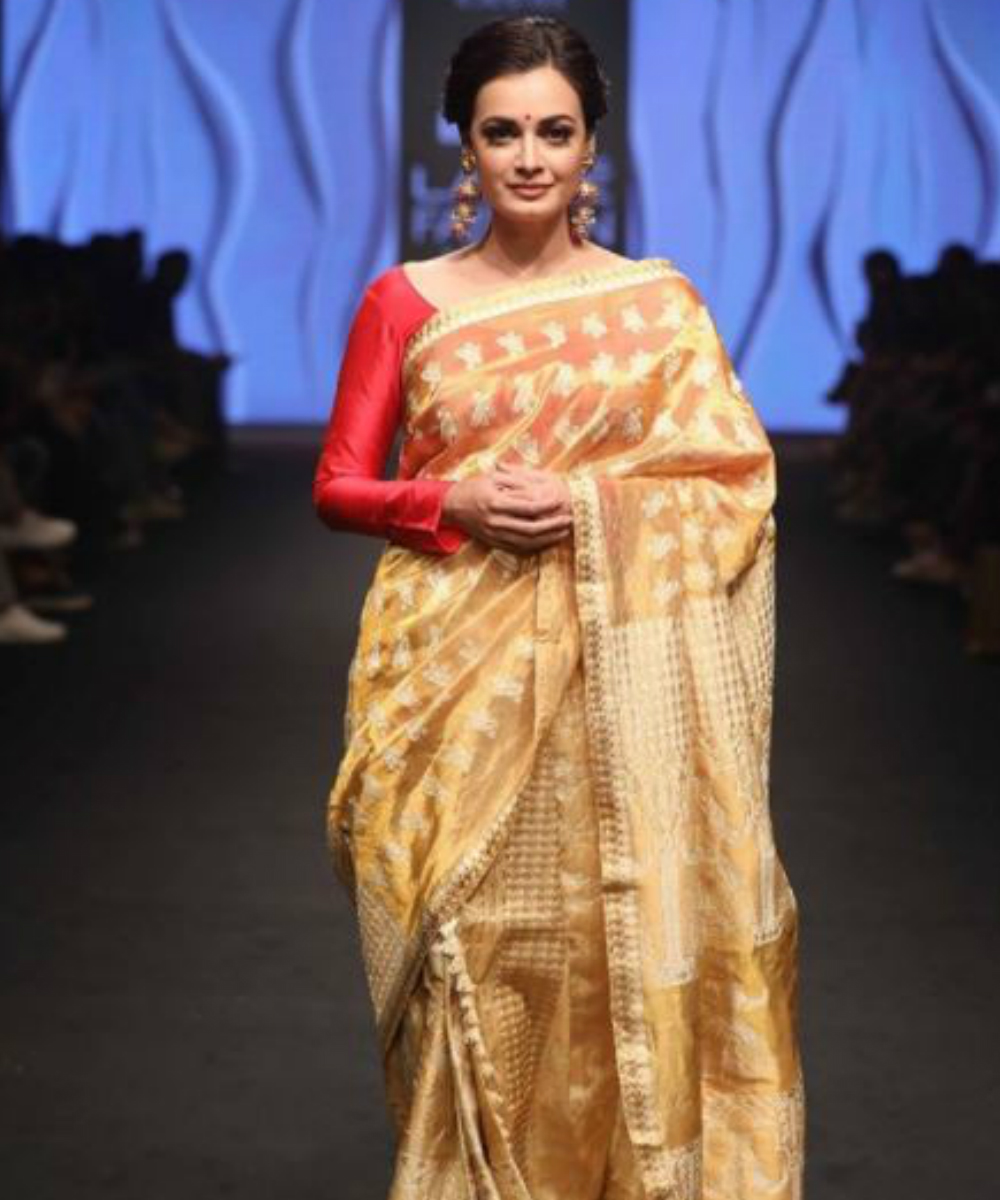 Gauhar khan lakme fashion week 14