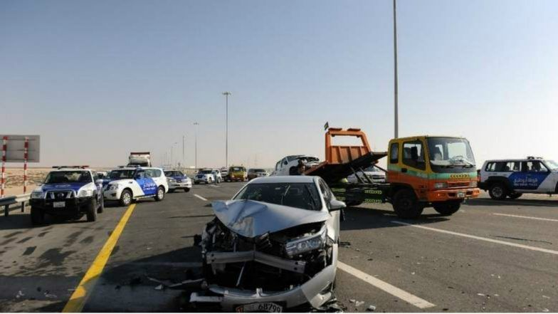 Dubai-Abu Dhabi Road Accident Video: 44 Vehicles Crash in Freak ...
