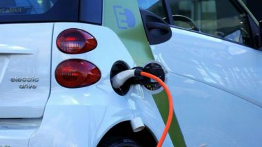 Electric Vehicle Push: Maharashtra State Government to Lease 50 e-Cars for Officials; Will Install Charging Station at Mantralaya