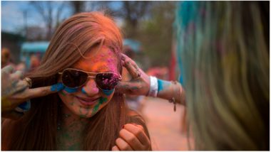 Holi 2019 Special: Tips to Protect Your Skin From Holi Colours