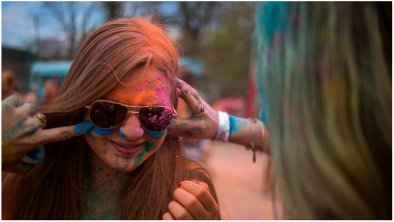 Holi Skin Care Tips: Protect Your Skin from the Side-Effects of Colours During the Festival