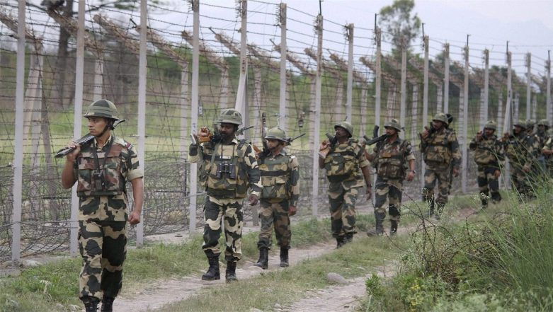 Indian Troops Respond to Ceasefire Violation by Pakistan Army's BAT (Border Action Team), Kills 5-7 Commandos Using Bofors