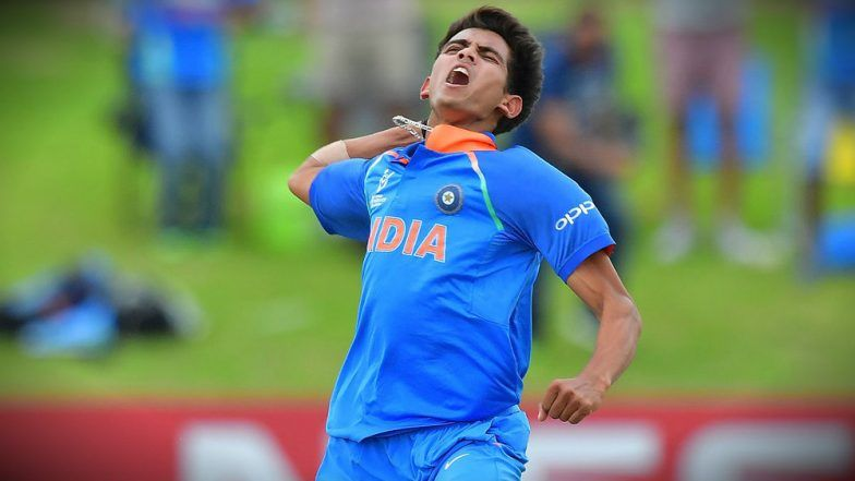 Is Kamlesh Nagarkoti India's Fastest Bowler? Indian U-19 ICC Cricket World Cup Speedster, Bowls with Fiery Pace: Watch Video
