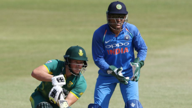 MS Dhoni Becomes First Indian Wicket-keeper to Effect 400 Dismissals in ODIs
