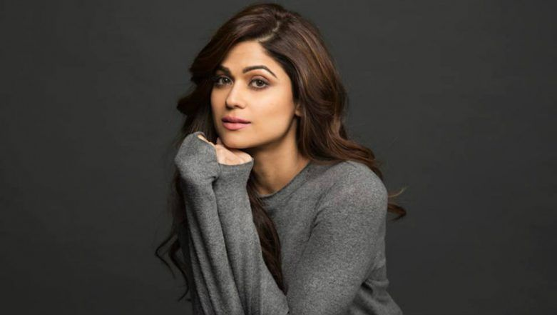 Shamita Shetty Gets Mercilessly Trolled for her Rude Behaviour Towards a Fan