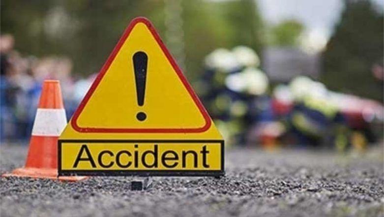 Gujarat Road Accident: 7 Dead, 10 Injured After Autorickshaw Collides With Truck in Kutch