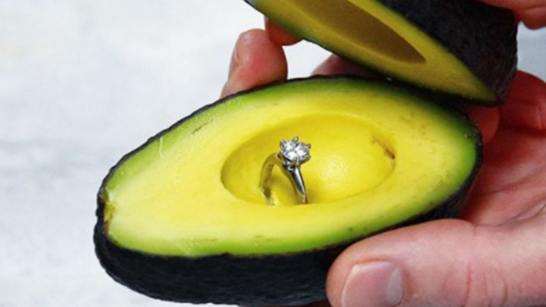Avocado Proposal Becomes The Latest Romantic Idea Among Millenials, We Take a Look at Unique Marriage Proposals