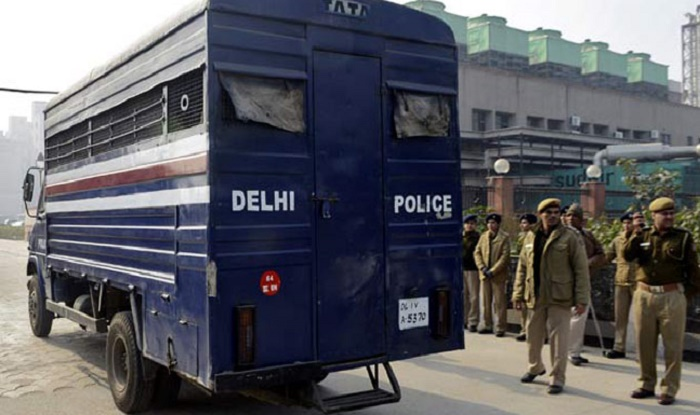 Man Plans to Sell Wife to Delhi Brothel Because of Her Beauty, Falls Into Police Trap