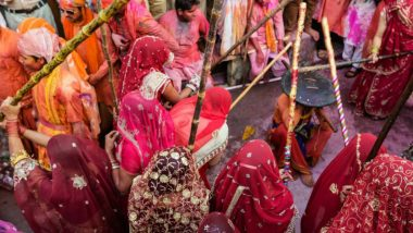 Lathmar Holi 2018: Know the Schedule & Significance of Festival of Colours Celebrated At Barsana & Nandgaon