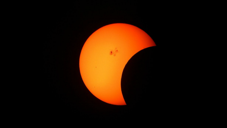 Partial Solar Eclipse in January 2019: Know Date, Timings, Where and How to Watch The Celestial Event of Surya Grahan