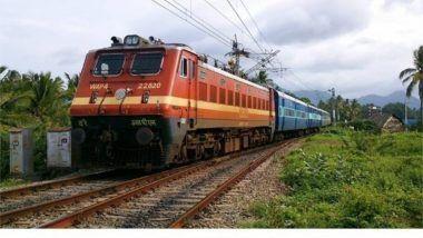 West Bengal: Howrah-Puri Dhauli Express Derails Near Panskura Station, No Casualties