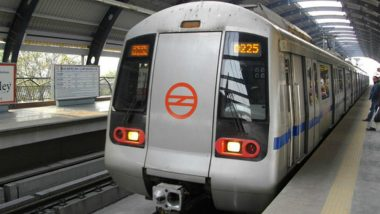 Delhi: Man Jumps to Death in Front of Metro Train, Blue Line Services Briefly Disrupted