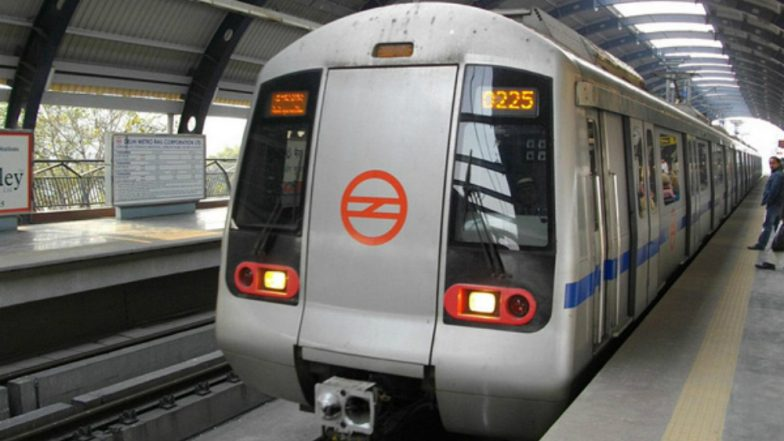 Delhi: Man Commits Suicide by Jumping in Front of Metro Train on Blue Line