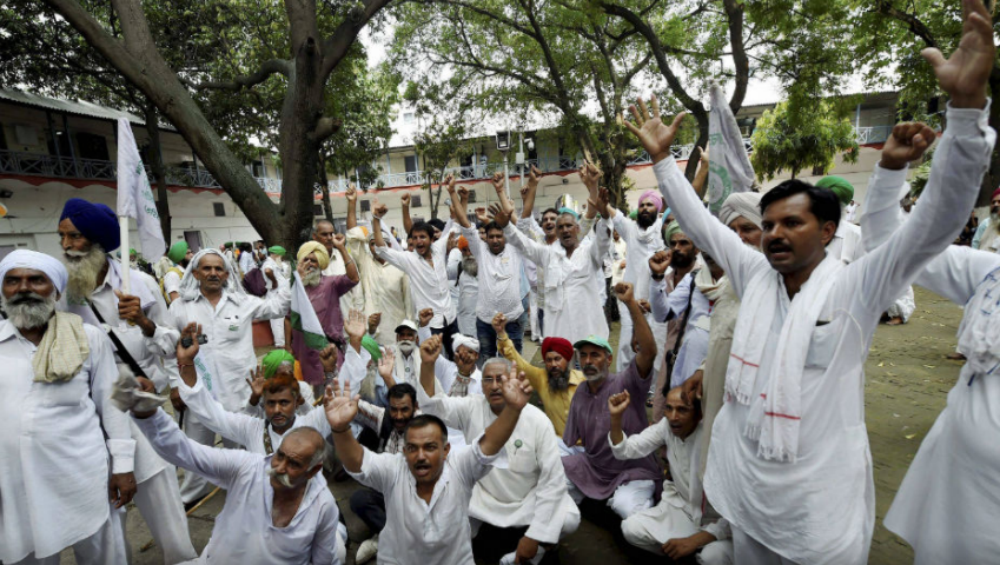 Farmers' Protest in Delhi: Over 500 Farmers From UP Begin March Towards Kisan Ghat With 16 Demands
