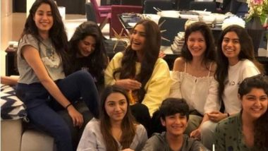 Janhvi Kapoor Smiles Happily on her Birthday and the Credit Goes to Sonam Kapoor and Sisters-View Pic