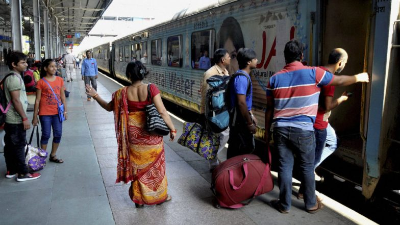 Indian Railways Announces 6 Reserved Berths for Women Passengers in Rajdhani, Duronto & Fully AC Trains