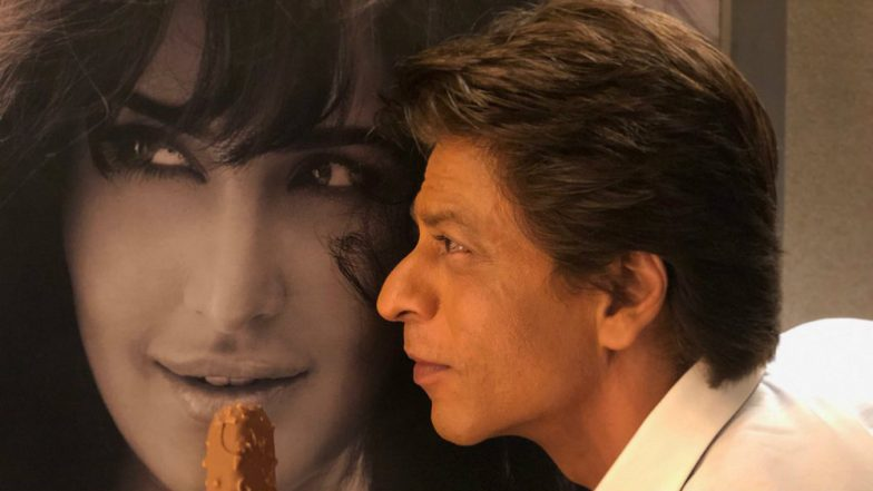 Shah Rukh Khan And Katrina Kaif - Having An Ice Cream Romance