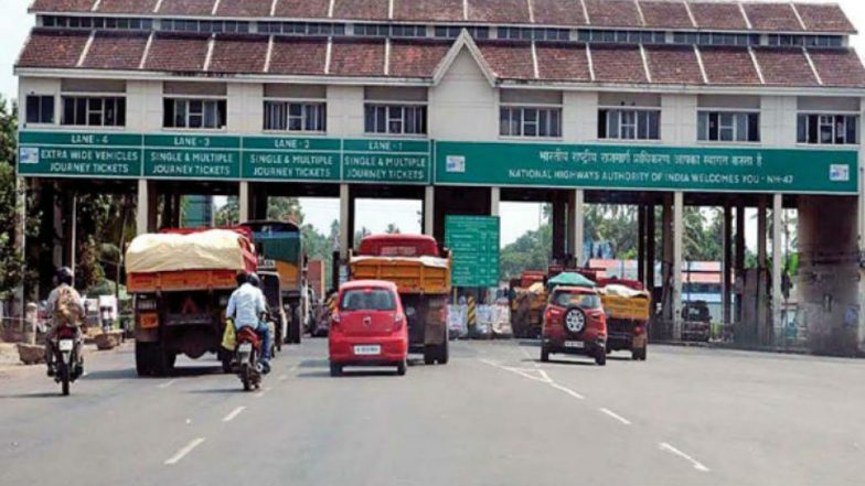 FASTags to Be Available at Selected Petrol Pumps From Monday: How Can They Save You From Long Toll-Booth Queue?