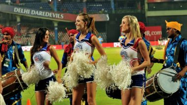 No Cheerleaders for Royal Challengers Bangalore in IPL 2018: Kohli's Team to be Cheered by Unisex Duplicate Captain Henry Morgan