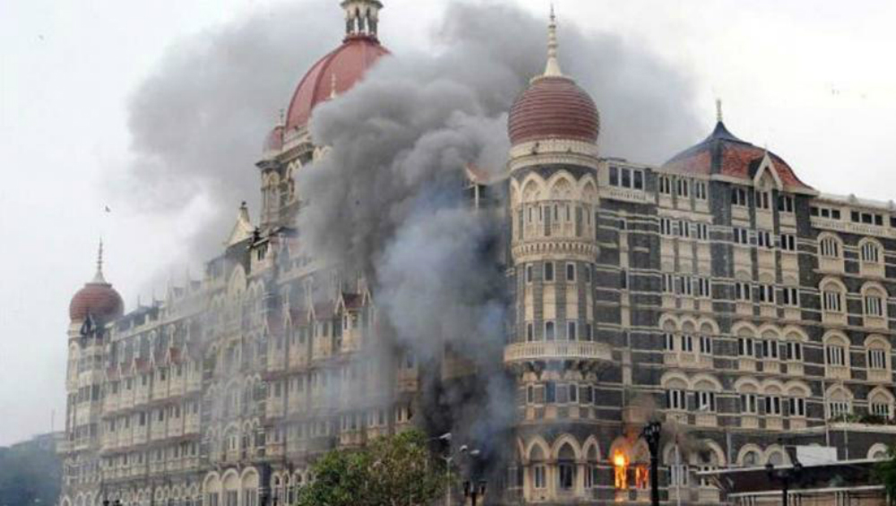 26/11 Mumbai Attacks: Twitterati Pays Homage to Martyrs of Terror Attack That Shook India's Financial Capital