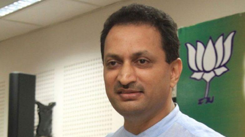 BJP Lawmaker Anant Kumar Hegde Calls IAS Officer Sasikanth Senthil 'Paid Gaddar'