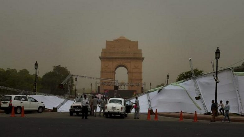 New Delhi to Tackle Dust Storm by Planting 31 Lakh Trees! Air Quality Set to Improve