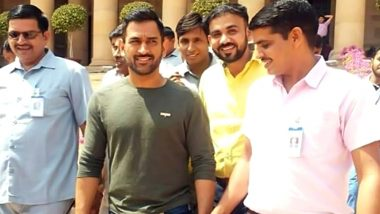 Here are the First Images of MS Dhoni at the Rashtrapati Bhavan for Padma Awards