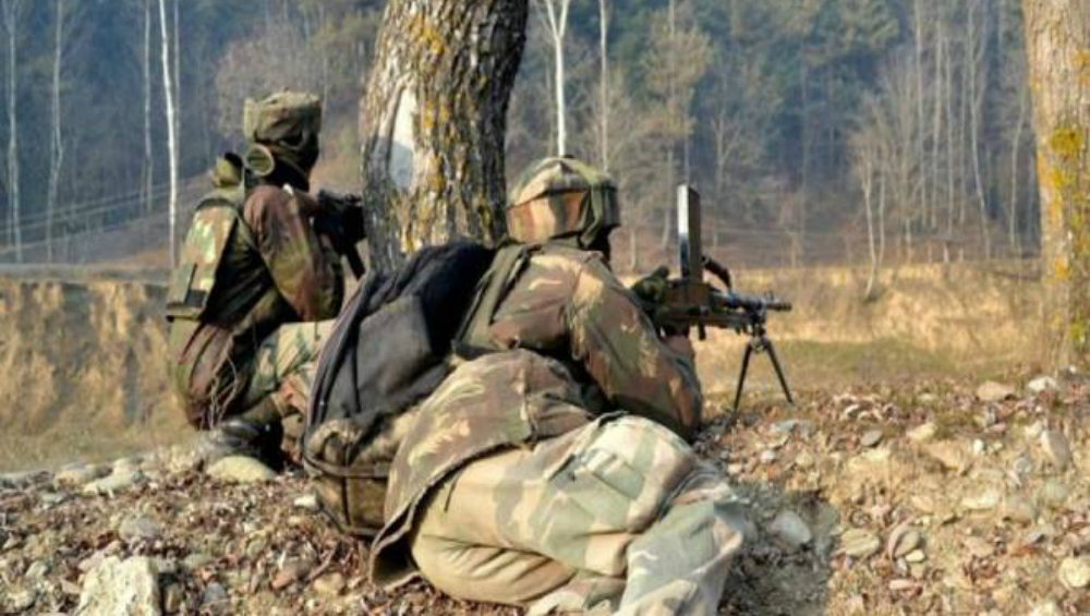 Jammu and Kashmir: Four Hizbul Mujahideen Terrorists Gunned Down by Security Forces During Encounter in Kulgam District