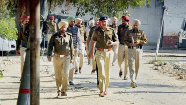 Haryana: 7 Bathinda Policemen Injured After Attack by Suspected Drug Peddlers And Villagers in Sirsa, Act Caught on Video