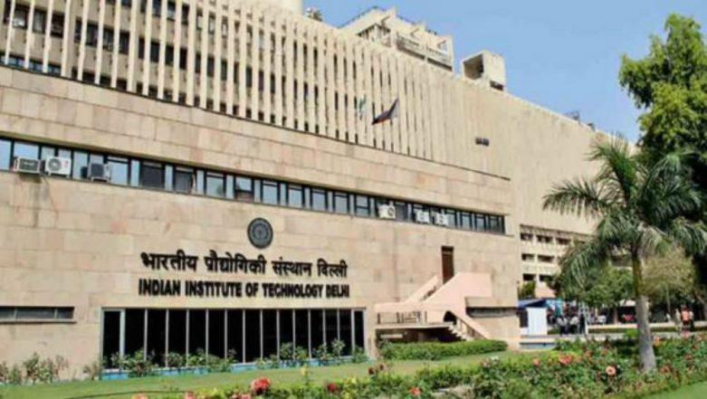 IIT Delhi Students Develop Cheaper Drug for Curing Snake Bites