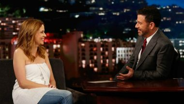 Jenna Fischer Faces Wardrobe Malfunction but Nails the 'Jimmy Kimmel Live' Wrapping a Towel for the Interview