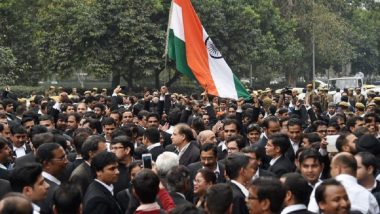 Tis Hazari Violence: Lawyers' Strike to Continue on Monday As Meeting With Delhi Police Officials Ended Without Any Outcome