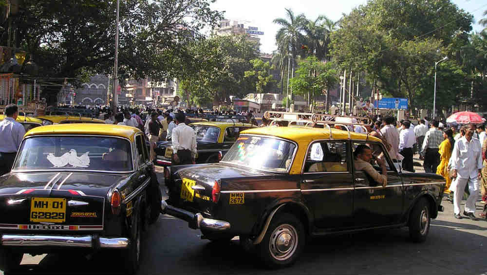 New Taxis in Mumbai to Get Rooftop Indicators From February 1, Decides Maharashtra Transport Department
