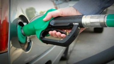 Fuel Rates Continue to Fall: Petrol in Mumbai at Rs 83.07/Litre & Diesel in Delhi at Rs 72.31/Litre