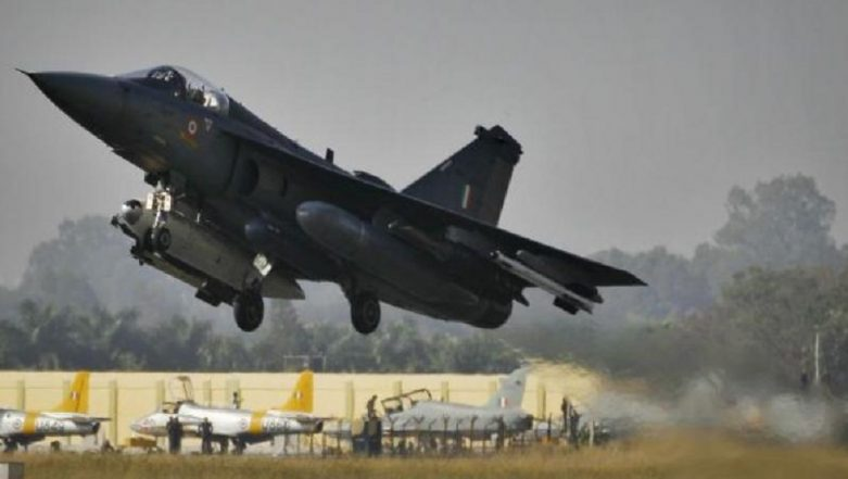 Boeing, HAL & Mahindra Defence Systems to Manufacture Super Hornet F/A 18 in India: Make In India Shine at DefExpo 2018
