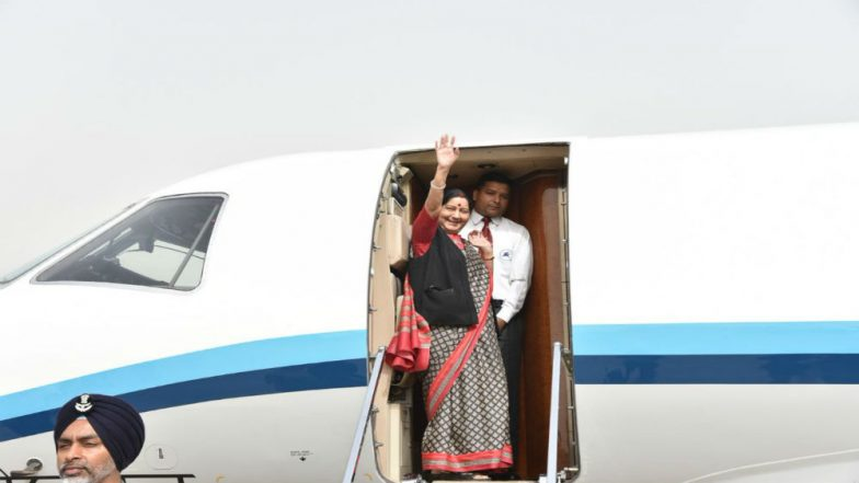 Sushma Swaraj Arrives in Beijing, to Hold Talks with Wang Yi