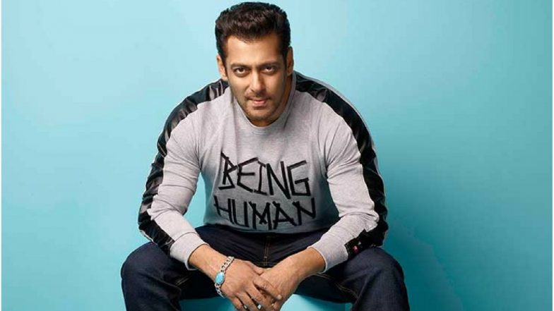 Salman Khan Thinks, Only Anil Kapoor Can Replace Amitabh Bachchan