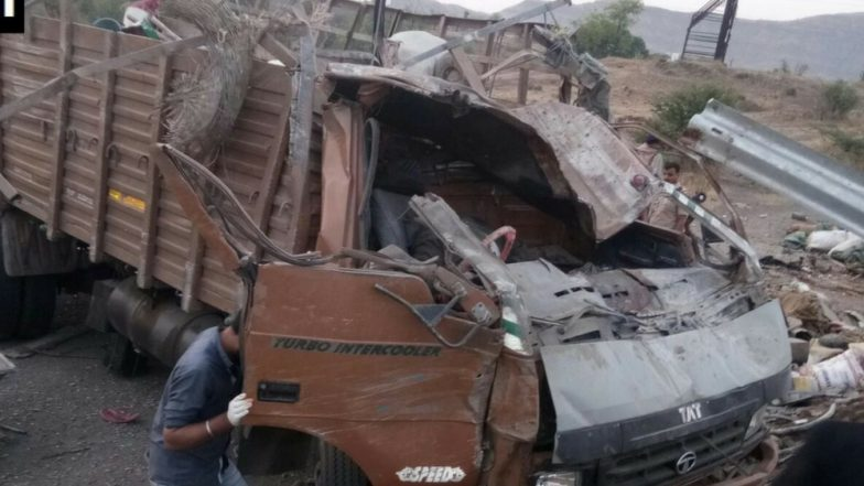 18 labourers killed, 15 hurt as truck overturns in India