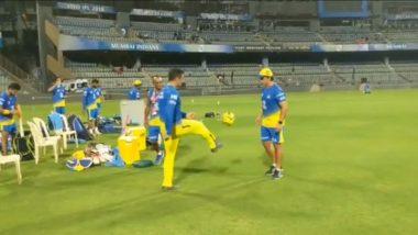 IPL Diaries 2018: Watch MS Dhoni Flaunt his Football Skills at the Wankhede Stadium Ahead of MI Tie