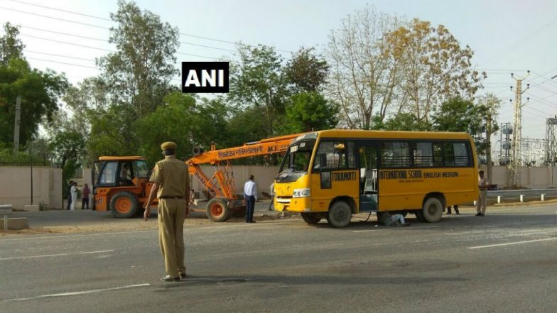 Jaipur Scare: 25 School Children Injured in Bus Collision! Are Young Lives Unsafe on Roads in India?