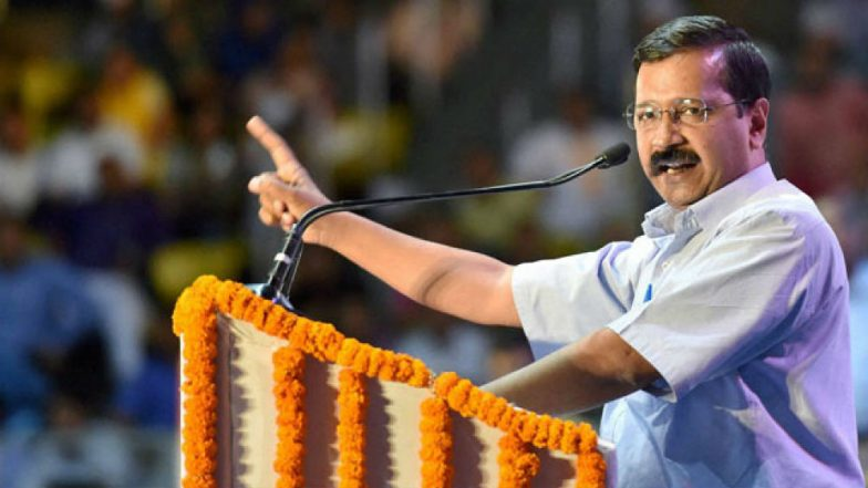 Arvind Kejriwal Gets Support For Dharna Against L-G as Mamata Banerjee, Chandrababu Naidu, Others Reach Delhi to Meet Him