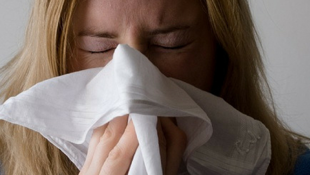 Coronavirus Symptoms: How to Tell If You Are Coughing of COVID-19 or Pollen This Allergy Season?