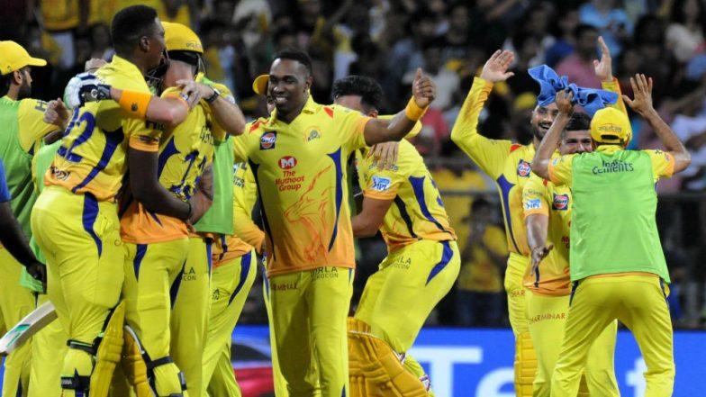 Ahead of MI vs CSK Clash, Mumbai Indians Captain Rohit Sharma Enjoys a Fun Practice Session With Chennai's Suresh Raina, Harbhajan Singh & Dwayne Bravo! Watch IPL 2019 Video