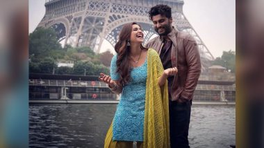 Parineeti Chopra and Arjun Kapoor Kickstart Their Paris Schedule With This Adorable Picture in Front of the Eiffel Tower