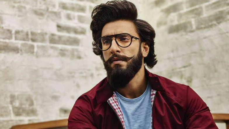 debb57a86a Ranveer Singh Closely Attached to  Gully Boy  Story! Know Why ...