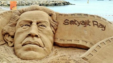 On Satyajit Ray's 97th Birth Anniversary, The Sand Art by Sudarsan Pattnaik is Simply Exquisite (See Picture)